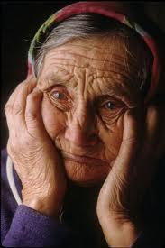 Мошенницы в Запорожье обкрадывают стариков