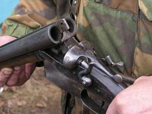 В Украине бухой стрелок зажигал в кафе