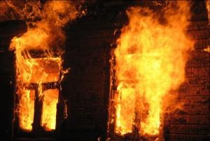 В Мелитополе при пожаре пострадал человек