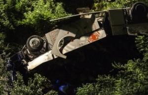 В Италии автобус сорвался в пропасть. Погибло 38 человек