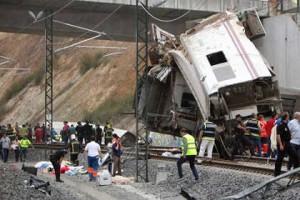 Железнодорожная катастрофа в Испании унесла 77 жизней
