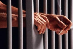 Донецкие прокуроры поймали милиционера на взятке