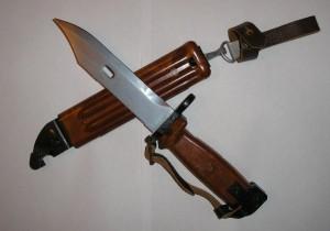 В Хмельницке дневальный воткнул штык-нож в спину сослуживца